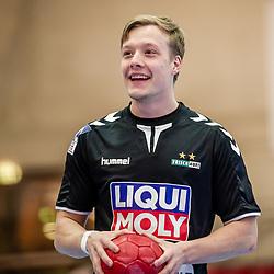 Till Hermann (FRISCH AUF! Goeppingen #41) ; LIQUI MOLY HBL 20/21  1. Handball-Bundesliga: TVB Stuttgart - FRISCH AUF! Goeppingen am 24.04.2021 in Stuttgart (SCHARRena), Baden-Wuerttemberg, Deutschland<br /> <br /> Foto © PIX-Sportfotos *** Foto ist honorarpflichtig! *** Auf Anfrage in hoeherer Qualitaet/Aufloesung. Belegexemplar erbeten. Veroeffentlichung ausschliesslich fuer journalistisch-publizistische Zwecke. For editorial use only.