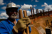 Jeceaba_MG, Brasil...Instalacao de uma usina siderurgica na cidade de Jeceaba, Minas Gerais...The installation of the steel industry in Jeceaba, Minas Gerais...Foto: VICTOR SCHWANER / NITRO