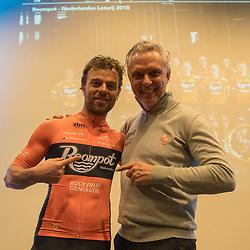 05-01-2018: Wielrennen: Presentatie Team Roompot: Rotterdam<br />Met voormalig topsprinter Jean Paul van Poppel als ploegleider moet het Wouter Wippert zeker een paar keer gaan lukken