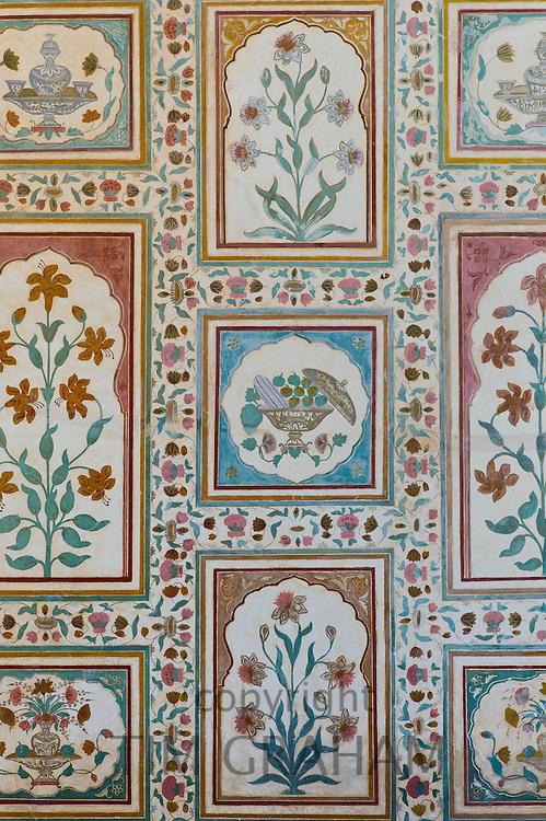 Islamic design of Ganesh Pol, Ganesh Gate, 16th Century The Amber Fort a Rajput fort in Jaipur, Rajasthan, India