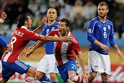 14.06.2010, Cape Town Stadium, Kapstadt, RSA, FIFA WM 2010, Italien vs Paraguay im Bild Antolin Alcaraz's feiert das 1-0 Führungstor, EXPA Pictures © 2010, PhotoCredit: EXPA/ InsideFoto/ G. Perottino, ATTENTION! FOR AUSTRIA AND SLOVENIA ONLY!!! / SPORTIDA PHOTO AGENCY