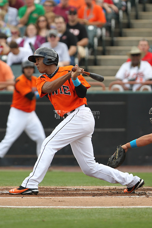 Bowie Baysox second baseman Jonathan Schoop #46 bats during a game against the New Hampshire Fisher Cats at Prince George's Stadium on June 17, 2012 in Bowie, Maryland. New Hampshire defeated Bowie 4-3 in 13 innings. (Brace Hemmelgarn)