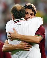 Cristiano Ronaldo und Trainer Luiz Felipe Scolari Portugal<br /> Fussball WM 2006 Viertelfinale England - Portugal 1:3 i.E.<br /> <br />  Norway only