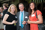 ZOE INNES; JOHNNY HUSTLER; HARRIET HUSTLER, Archant Summer party. Kensington Roof Gardens. London. 7 July 2010. -DO NOT ARCHIVE-© Copyright Photograph by Dafydd Jones. 248 Clapham Rd. London SW9 0PZ. Tel 0207 820 0771. www.dafjones.com.