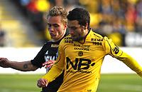 Fotball , 1. Juni 2009<br /> Tippeligaen<br /> Bodø/Glimt - Rosenborg<br /> Trond Olsen , Rosenborg<br /> Mounir Hamoud , Bodø/Glimt<br /> Foto: Tor-Erik Eidissen , Digitalsport