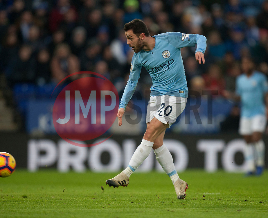Bernardo Silva of Manchester City scores his sides first goal - Mandatory by-line: Jack Phillips/JMP - 26/12/2018 - FOOTBALL - King Power Stadium - Leicester, England - Leicester City v Manchester City - English Premier League