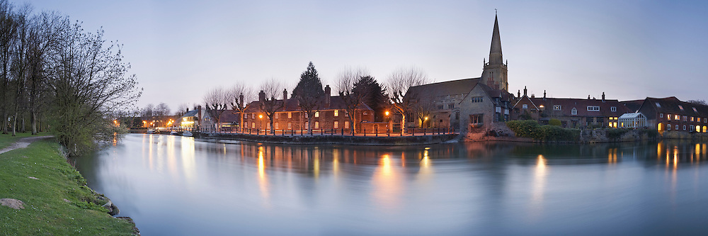 Saint Helen's Wharf on the River Thames at Dusk in Abingdon, Oxfordshire, Uk