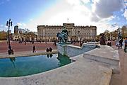 Londyn, 2009-03-06. Rezydencja brytyjskich monarchów, Buckingham Palace.