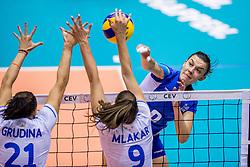 23-08-2017 NED: World Qualifications Greece - Slovenia, Rotterdam<br /> SloveniÎ wint met 3-0 / Alkistis Karafoulidou #8 of Greece<br /> Photo by Ronald Hoogendoorn / Sportida