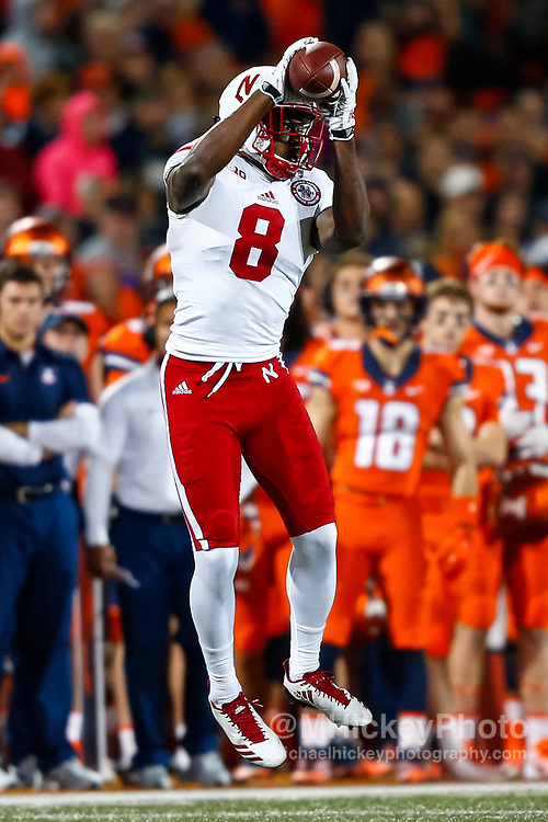 CHAMPAIGN, IL - SEPTEMBER 29: Stanley Morgan Jr. #8 of the Nebraska Cornhuskers catches the ball during the game against the Illinois Fighting Illini at Memorial Stadium on September 29, 2017 in Champaign, Illinois. (Photo by Michael Hickey/Getty Images) *** Local Caption *** Stanley Morgan Jr.