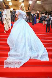 May 23, 2017 - Cannes, Provence-Alpes-Cote-D-Azur, France - Angela Ismailos sur le tapis rouge pour la projection du film MISE A MORT DU CERF SACRE lors du soixante-dixième (70ème) Festival du Film à Cannes, Palais des Festivals et des Congres, Cannes, Sud de la France, lundi 22 mai 2017. Philippe FARJON / VISUAL Press Agency (Credit Image: © Visual via ZUMA Press)