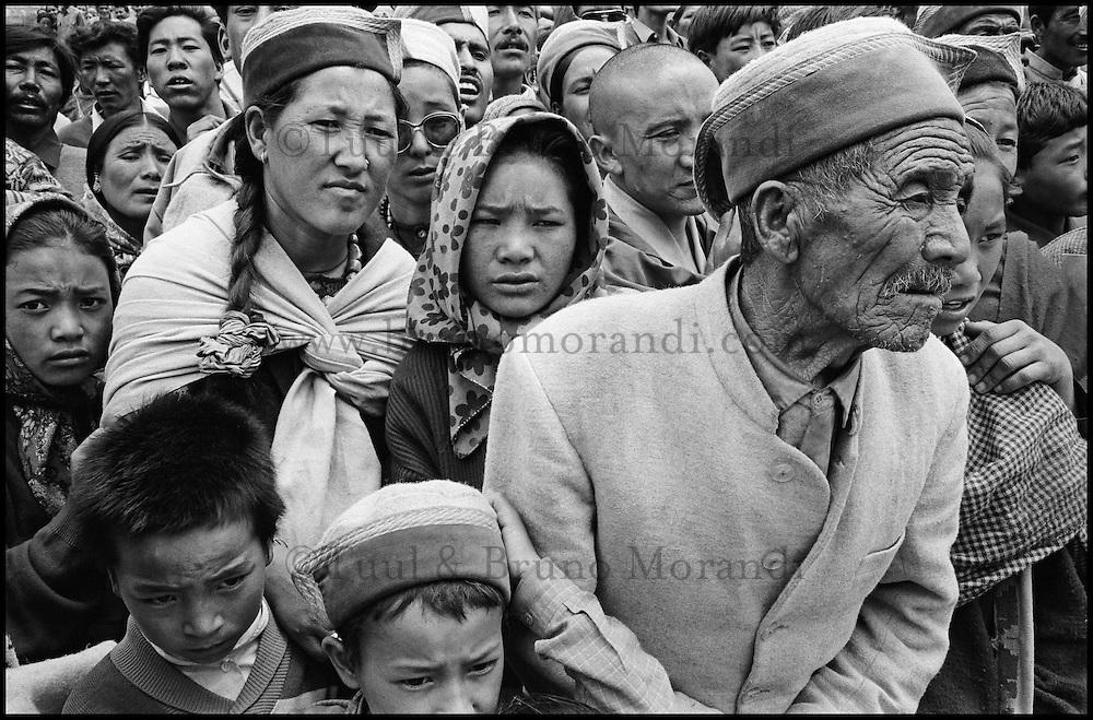 """Inde. Province du Jammu Cachemire.  Ladakh. Kalashakra, initiation bouddiste. Moines bouddhistes en priere. // India. Jamu and Kashmir province. Bouddhist initiation calling """"Kalashakra""""."""
