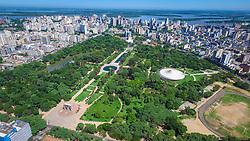 Parque Farroupilha visto do alto. Parque Farroupilha também conhecido como Parque da Redenção, é o parque mais tradicional e popular de Porto Alegre. O Parque da Redenção, como é conhecido está para Porto Alegre assim como o Parque Ibirapuera para São Paulo, ou o Central Park para New York, ou o Hyde Park para Londres. FOTO: Jefferson Bernardes/ Agência Preview