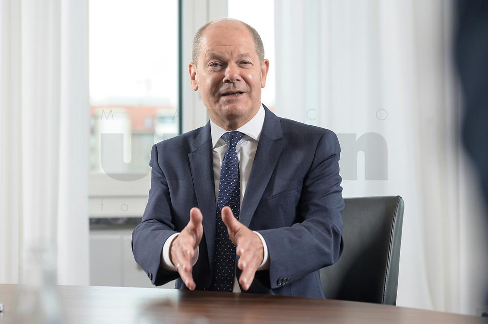 28 AUG 2020, BERLIN/GERMANY:<br /> Olaf Scholz, SPD, Bundesfinanzminister, waehrend einem Interview, Bundesministerium der Finanzen<br /> IMAGE: 20200828-01-014