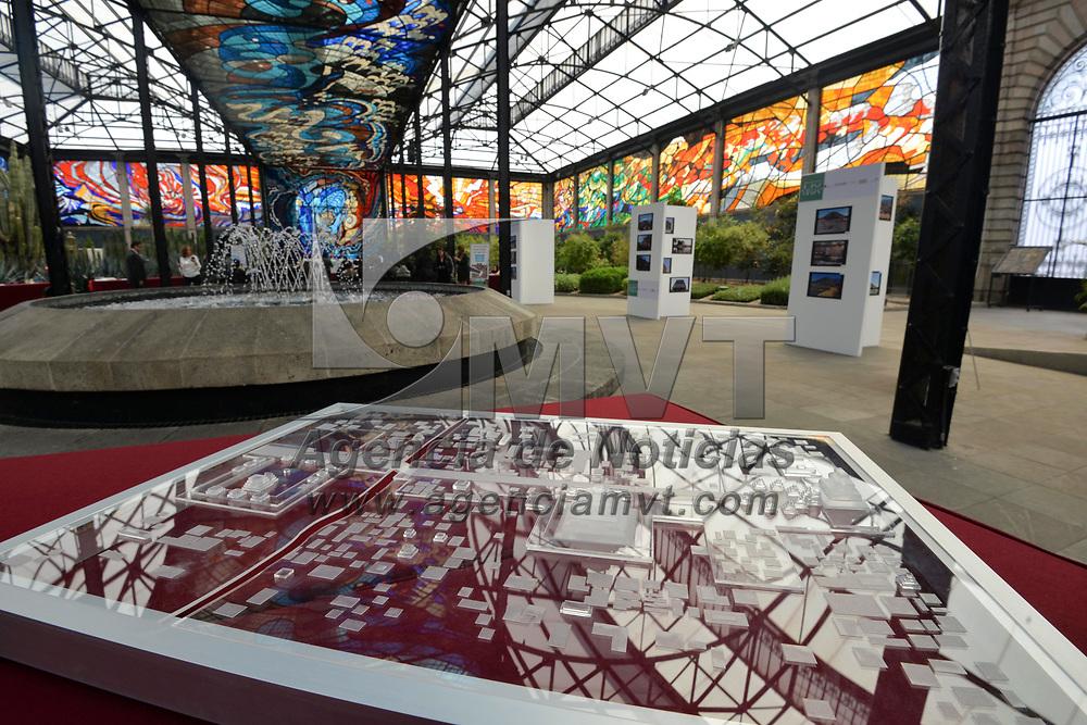 Toluca, México (Febrero 28, 2018).- Cierre del evento Movimiento MX Mi México, que tuvo como objetivo el cuidar, valorar y proteger los bienes inmuebles Patrimonio de la Nación, realizado en el Jardín Botánico Cosmovitral.  Agencia MVT / Crisanta Espinosa.