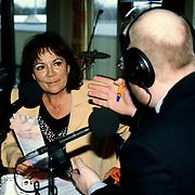 Uitreiking Annie M.G.Schmidtprijs 1997, Therese Steinmetz in gesprek met Jack Goderie