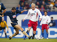 Fotball<br /> Bundesliga Tyskland<br /> 08.11.2003<br /> Foto: Digitalsport<br /> Norway Only<br /> <br /> v.l. Martin Stranzl - Sergej Barbarez HSV<br /> Bundesliga Hamburger SV - TSV München 1860