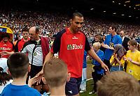 Fotball<br /> England 2004/2005<br /> Foto: SBI/Digitalsport<br /> NORWAY ONLY<br /> <br /> Lucas Radebe Testimonial, Leeds United XI v International XI, 02/05/2005.<br /> <br /> John Carew arrives for the game.