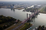 Nederland, Zuid-Holland, Rotterdam 19-09-2009; Spijknisserbrug over de Oude Maas, gezien naar Spijkenisse.luchtfoto (toeslag), aerial photo (additional fee required).foto/photo Siebe Swart