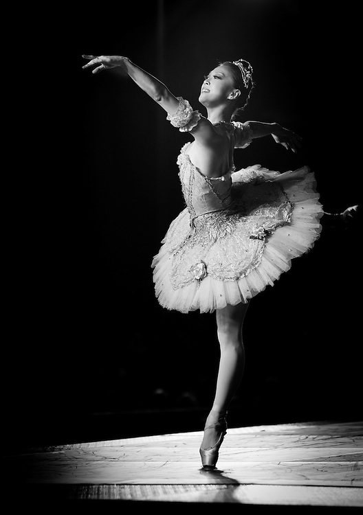 Boston Ballet's Misa Kuranaga performs with the Boston Landmarks Orchestra at the Hatch shell. 31st of August 2011
