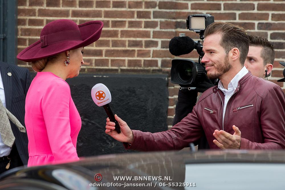 NLD/Amersfoort/20180327 - Maxima bij jubileum Het begint met Taal, Maxima in gesprek met SBS Shownieuws verslaggever Marius Looijmans