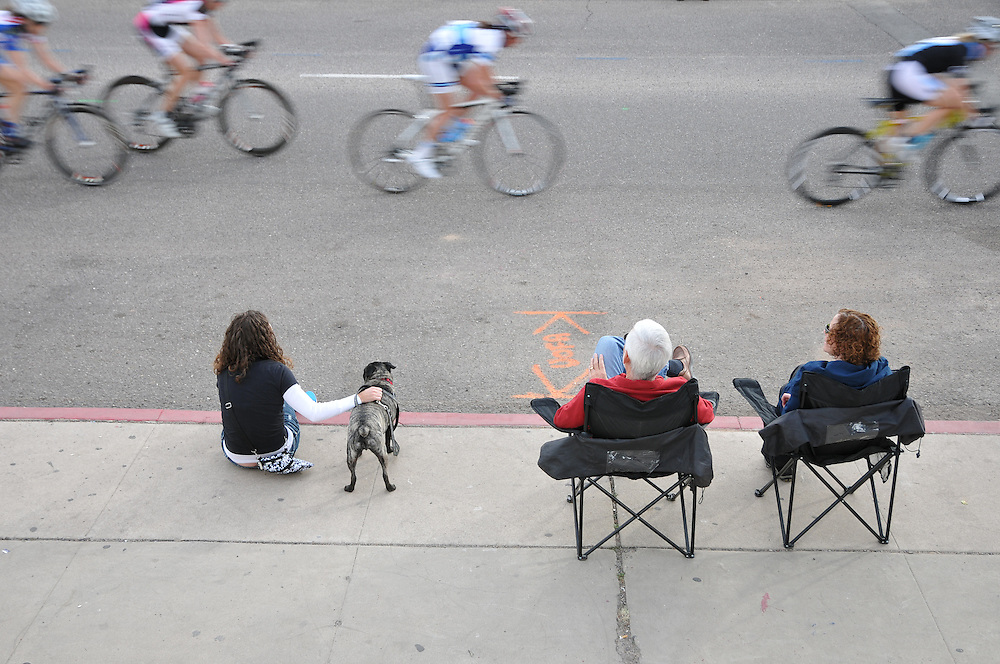 Spectators watching Women 1/2/3 race, UA Criterium 2012, Tucson, Arizona. Bike-tography by Martha Retallick.