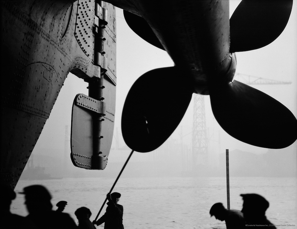 Painting the Propeller, Swan Hunter & Wigham Richardson Shipyards, Tyneside, 1928