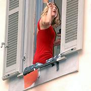 ITA/Bracchiano/20061118 - Huwelijk Tom Cruise en Katie Holmes, presentatrice Hollywood Entertainment