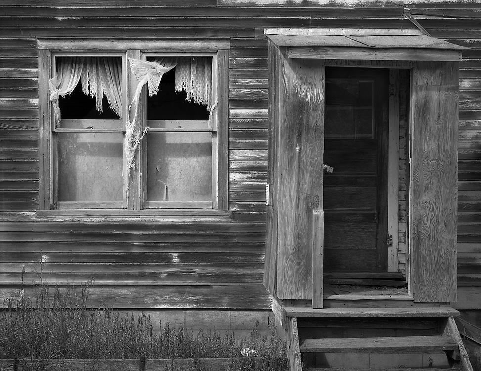 Window and Door House, Asquith, SK
