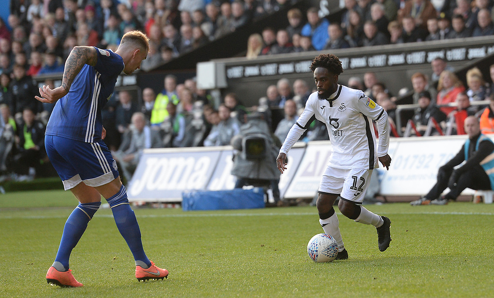 Swansea City's Nathan Dyer takes on Cardiff City's Aden Flint<br /> <br /> Photographer Ian Cook/CameraSport<br /> <br /> The EFL Sky Bet Championship - Swansea City v Cardiff City - Sunday 27th October 2019 - Liberty Stadium - Swansea<br /> <br /> World Copyright © 2019 CameraSport. All rights reserved. 43 Linden Ave. Countesthorpe. Leicester. England. LE8 5PG - Tel: +44 (0) 116 277 4147 - admin@camerasport.com - www.camerasport.com