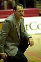 Basket, Basketligaen BLNO, Kongsberg-Ulriken 18. oktober 2000. Ulriken-trener David Swan.