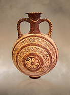 Minoan decorated flask with concentric decorative bands design , Konssos  Temple Tomb 1400-1250 BC; Heraklion Archaeological Museum. .<br /> <br /> If you prefer to buy from our ALAMY PHOTO LIBRARY  Collection visit : https://www.alamy.com/portfolio/paul-williams-funkystock/minoan-art-artefacts.html . Type -   Heraklion   - into the LOWER SEARCH WITHIN GALLERY box. Refine search by adding background colour, place, museum etc<br /> <br /> Visit our MINOAN ART PHOTO COLLECTIONS for more photos to download  as wall art prints https://funkystock.photoshelter.com/gallery-collection/Ancient-Minoans-Art-Artefacts-Antiquities-Historic-Places-Pictures-Images-of/C0000ricT2SU_M9w