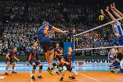 12-05-2019 NED: Abiant Lycurgus - Achterhoek Orion, Groningen<br /> Final Round 5 of 5 Eredivisie volleyball, Orion wins Dutch title after thriller against Lycurgus 3-2 / Last ball of the match Joris Marcelis #4 of Orion