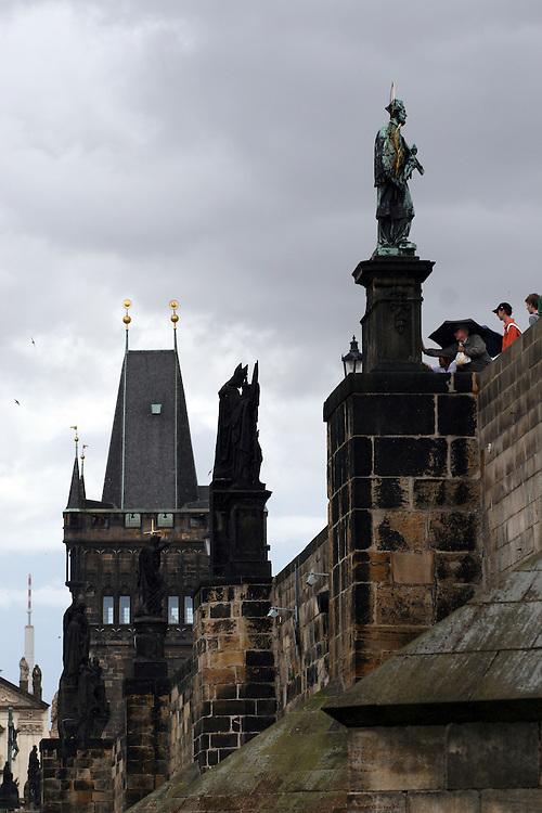 An einem Montag dem 9. Juli 1357 vor genau 650 Jahren wurde der Grundstein zur Karlsbruecke in Prag gelegt. Die Karlsbruecke ist eine der aeltesten erhaltenen Steinbruecken Europas und bildet zudem eine Freilichtgalerie barocker Skulpturen (zum Teil Kopien, Originale im Lapidarium des Nationalmuseums).<br /> <br /> On a Monday 9th of July 1357 exactly 650 years ago was laying of the foundation stone for the Prague Charles Bridge. The Charles Bridge is one of the oldest and certainly one of the most beautiful stonebridges in Europe, this ancient artery across the Vltava river links Prague's Lesser Town with the Old Town on the right bank and was vital to the development of the Czech capital.