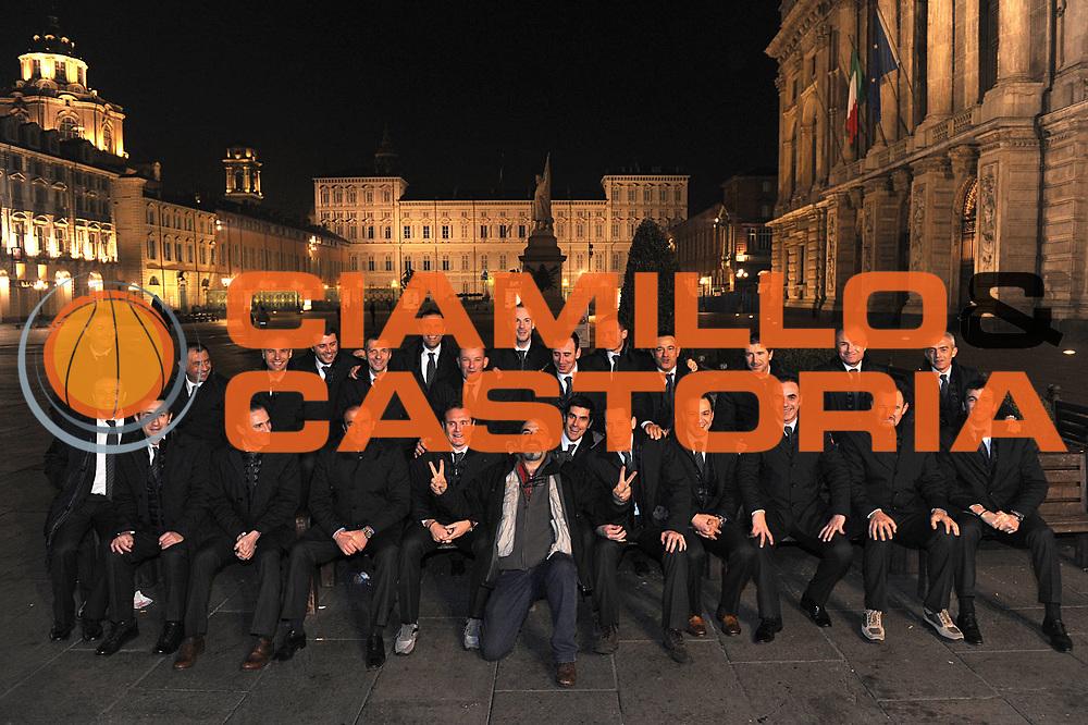 DESCRIZIONE : Torino Coppa Italia Final Eight 2011 Raduno Arbitri Referee<br /> GIOCATORE : referee arbitro Giulio Ciamillo<br /> SQUADRA : Aiap<br /> EVENTO : Agos Ducato Basket Coppa Italia Final Eight 2011<br /> GARA : <br /> DATA : 09/02/2011<br /> CATEGORIA : referee arbitro Piazza Castello squadra<br /> SPORT : Pallacanestro<br /> AUTORE : Agenzia Ciamillo-Castoria/C.De Massis<br /> Galleria : Final Eight Coppa Italia 2011<br /> Fotonotizia : Torino Coppa Italia Final Eight 2011 Raduno Arbitri Referee<br /> Predefinita :