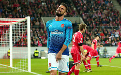 Olivier Giroud of Arsenal .cuts a frustrated figure - Mandatory by-line: Robbie Stephenson/JMP - 23/11/2017 - FOOTBALL - RheinEnergieSTADION - Cologne,  - Cologne v Arsenal - UEFA Europa League Group H