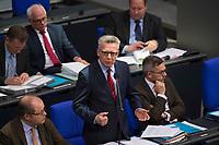 DEU, Deutschland, Germany, Berlin, 13.12.2017: Bundesinnenminister Thomas de Maiziere (CDU) bei der Fragestunde im Deutschen Bundestag.