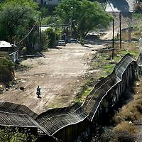 US-Mexico Border by Chris Maluszynski