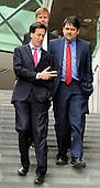 2012_04_16_Miliband_westfield_SSI