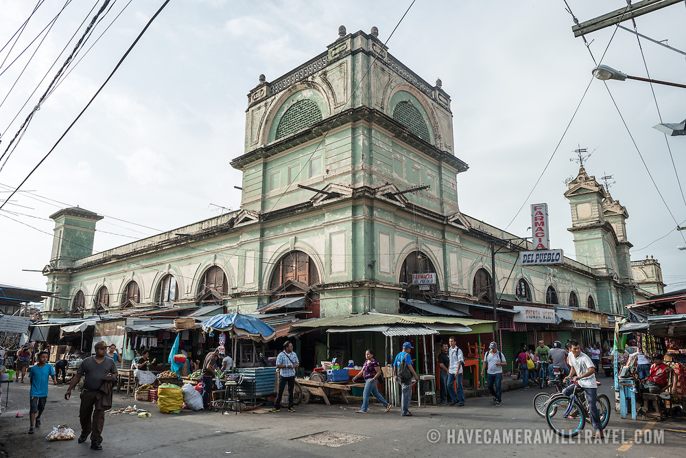 The main building of Granada's busy central market.