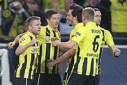 30-04-2013 VOETBAL: UEFA CL SEMI FINAL BORUSSIA DORTMUND - REAL MADRID: DORTMUND <br /> Torjubel / Jubel  nach dem 1:0 durch Robert Lewandowski (Dortmund #9) mit Kuba (Dortmund #16) und Mats Hummels (Dortmund #15), sowie Sven Bender (Dortmund #6)<br /> ***NETHERLANDS ONLY***<br /> ©2013-FotoHoogendoorn.nl