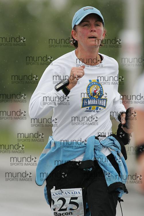 (13/10/2007--Ottawa) TransCanada 10K Canadian Championship run by Athletics Canada. The athlete in action is BARBARA BACON