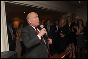 JULIAN FELLOWES, The hon Alexandra Foley hosts drinks to introduce ' Lady Foley Grand Tour' with special guest Julian Fellowes. the Sloane Club. Lower Sloane st. London. 14 May 2014