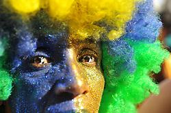 July 6, 2018 - SãO Paulo, Brazil - SÃO PAULO, SP - 06.07.2018: TORCIDA DO BRASIL NO VALE DO ANHANGABAÚ SP - Fans watch the Brazil vs. Belgium match at the Brahma Arena in the Anhangabaú valley in the center of the city. (Credit Image: © Ricardo Bastos/Fotoarena via ZUMA Press)
