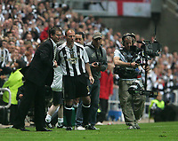 Photo: Andrew Unwin.<br /> Newcastle United v Glasgow Celtic. Alan Shearer Testimonial. 11/05/2006.<br /> Newcastle's Alan Shearer (C) comes on as a substitute.