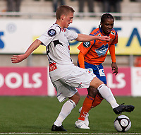 Fotball, <br /> 25.04.2011 , <br /> Tippeligaen  ,<br /> Eliteserien ,<br /> Aalesund FK - Sogndal 1-0 ,<br /> Color line stadion ,  <br /> Jason morrison - aalesund<br /> Per egil Flo - sogndal<br /> <br /> Foto: Richard brevik , Digitalsport