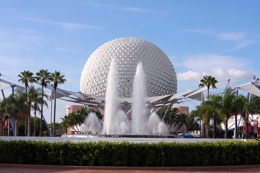 A general view of the Fountain of Nations and Spaceship Earth at Epcot.