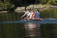 Team paddling on K4