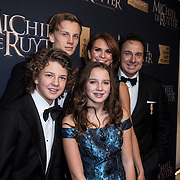 NLD/Amsterdam/20150126 - Premiere Michiel de Ruyter, cast, Marco Borsato, partner Leontien Ruiters en kinderen Luca, Senna, Jada Maria