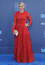 Busy Phillips  bei der Verleihung der 22. Critics' Choice Awards in Los Angeles / 111216